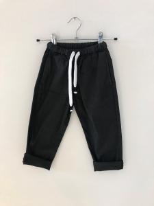 Pantalone nero con laccio bianco