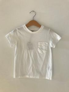T-Shirt bianca con tasca