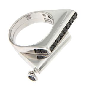Composizione anelli in diamanti neri e oro bianco