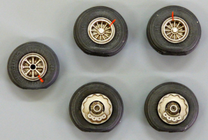 Wheels for DC-6/C-118