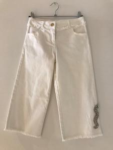 Jeans bianco con serpente a strass
