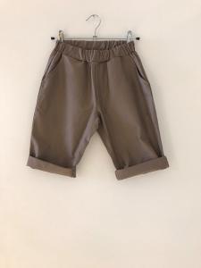 Pantaloncino fango con vita elasticizzata