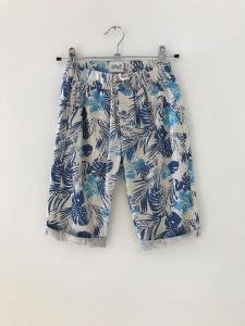 Pantaloncino bianco sporco con stampe celesti e blu
