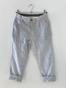 Pantalone bianco con righe grigie
