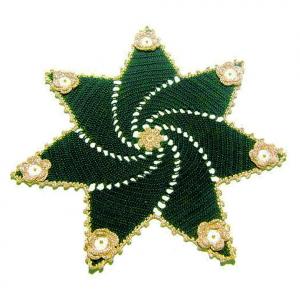 CENTRINO stella verde e oro per Natale all'uncinetto