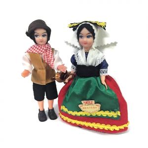 Coppia di bambole souvenir Abruzzo