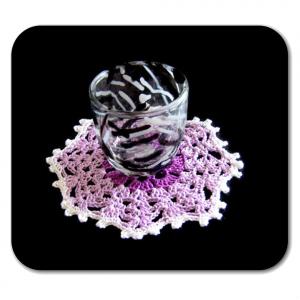 Set SOTTOBICCHIERI bianco, lilla e viola all'uncinetto