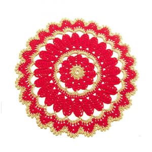 CENTRINO rotondo rosso e oro per Natale all'uncinetto