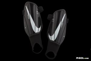 Parastinchi Nike Charge