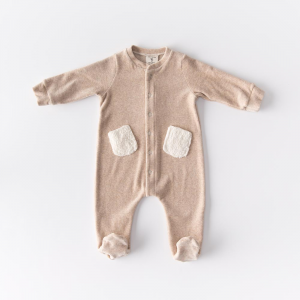 Bodysuit with cream-colored organic cotton chenille