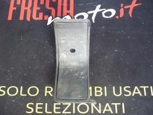 PLASTICA TUNNEL CENTRALE ACCESSO SERBATOIO USATO PIAGGIO HEXAGON 125 2T ANNO 1998