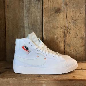 Scarpa Nike Blazer Mid Rebel Bianca