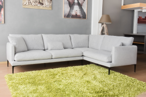 Divano angolare in tessuto grigio chiaro in pura lana vergine a 5 posti e piedini in metallo neri – Design contemporaneo - pronta consegna