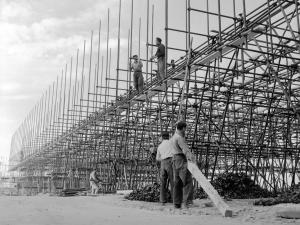 Costruzione dell'Autostrada del Sole, 1958