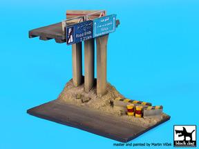 Middle East highway base
