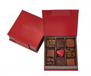 Scatola di cioccolatini assortiti 9pz