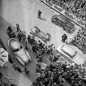 Partenza della Mille Miglia, 1951
