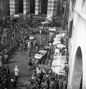 Partenza della Mille Miglia, 1952