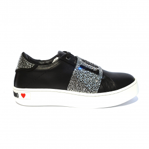 Sneaker nera con fascia strassata Love Moschino