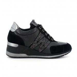Sneaker nera con zeppa Melluso