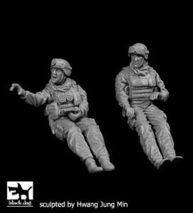 Delta Force FAV crew