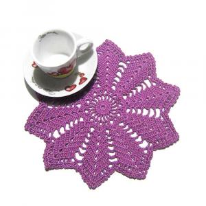 CENTRINO piccolo rotondo violetto all'uncinetto