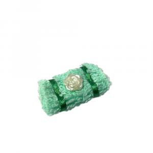 Piccolo ASCIUGAMANO verde da bagno per la casa delle bambole