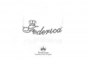 Collana effetto diamantato con nome in argento 925%