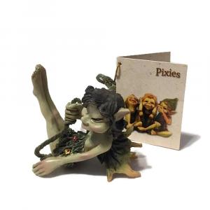 Statuina Pixie appeso su corda in resina colorata
