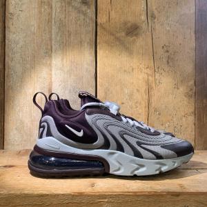 Sneakers | TOUCHDOWN