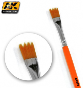 SAW SHAPE WEATHERING BRUSH