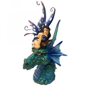 Fata della perla nera con drago blu