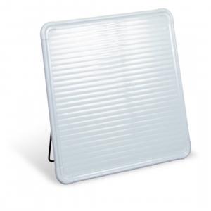 Pannello  radiante in policarbonato  , riscaldamento a infrarossi ,   risparmio energetico  comfort  abitativo   e  benessere fisiologico .