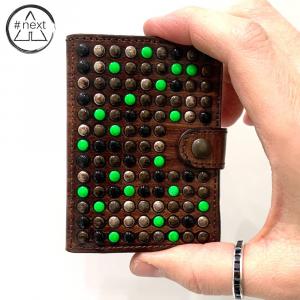 KJØRE PROJECT - Tokyo green iClutch + Coins - Marrone, verde fluo