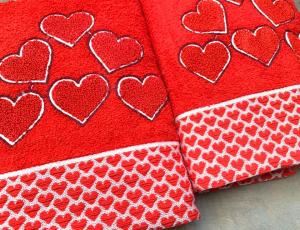 Asciugamani cuoricini
