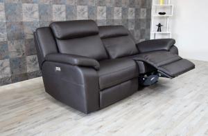 Divano relax 3 posti in pelle di colore nero antracite dotato di meccanismi recliner elettricite