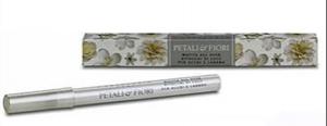 Petali & Fiori matita all over ritocchi di luce