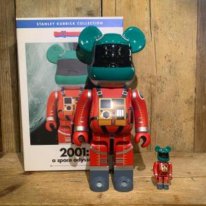 Be@rbrick Medicom Toy 2001: A Space Odyssey Orange Suit Version 100% e 400%