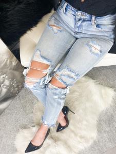 Jeans Strappato