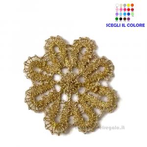 Fiorellino color Oro realizzato con il Tombolo 5.5 cm - Handmade in Italy