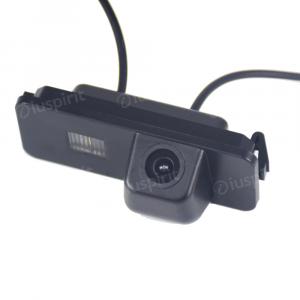 Telecamera retromarcia per Golf 5, Golf 6, Polo, Passat, Seat Leon/Altea retrocamera specifica luce targa