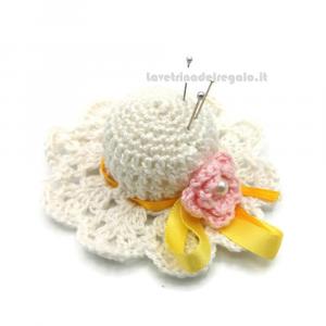 Cappellino puntaspilli bianco e rosa ad uncinetto 7 cm - Handmade in Italy