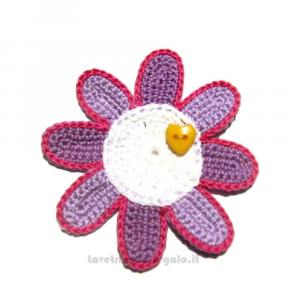 Fiore lilla e bianco ad uncinetto ø 9.5 cm - Handmade in Italy