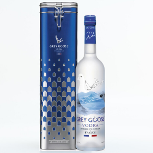 GREY GOOSE VODKA 70CL CON LATTA CLASSICA