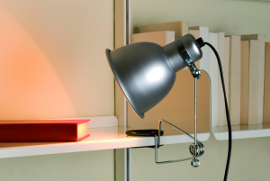 Pinza, lampada in alluminio; Kriptonite