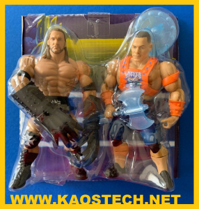 Masters of the WWE Universe: 2 personaggi esclusivi - John Cena + Terror ClawsTriple H