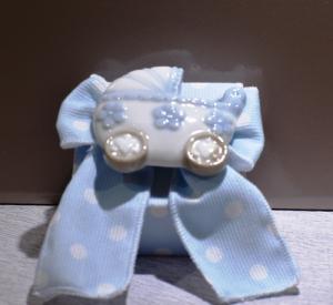 Scatolina pois azzurro con Carrozzina (confetti vari gusti e tipologie)