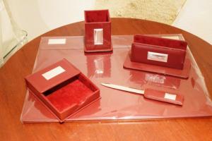 Ranieri Set studio 5 pz. Pelle e Argento