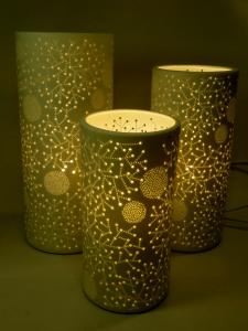 Lampada porcellana traforata cilindrica grande