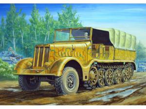 German Sd.Kfz.9 18 ton Heavy Halftrack Early Type